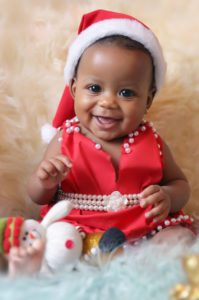 bebê sorrindo no natal