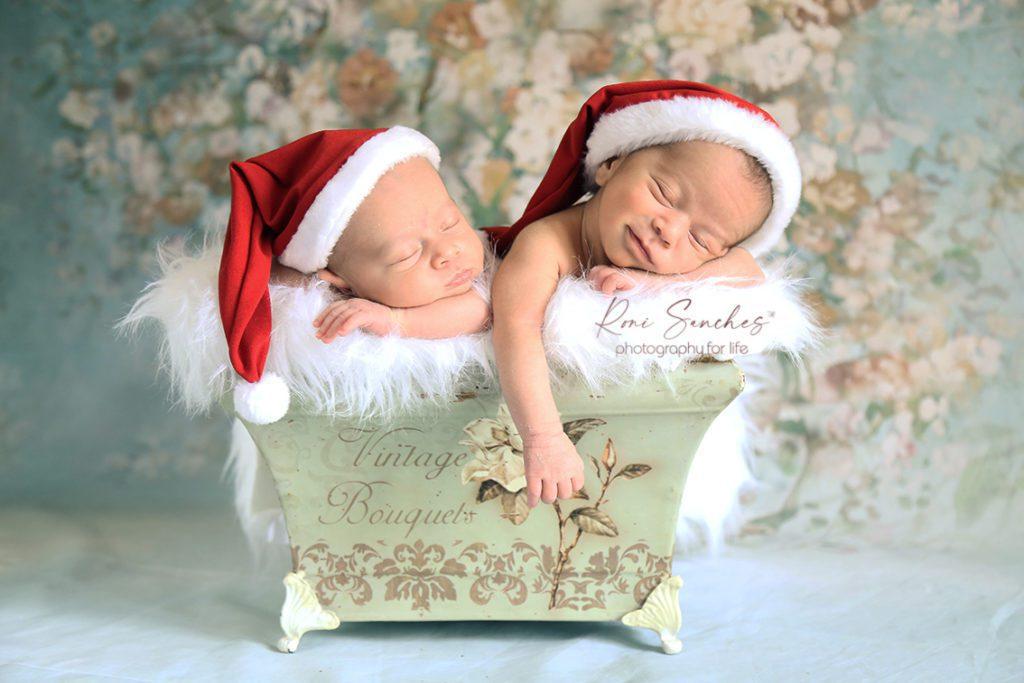 bebês recém-nascidos gemeos natal
